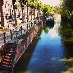 Canaux typique de la ville de Gent