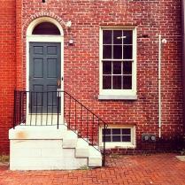 Maison en briques rouges typique de Philadelphie